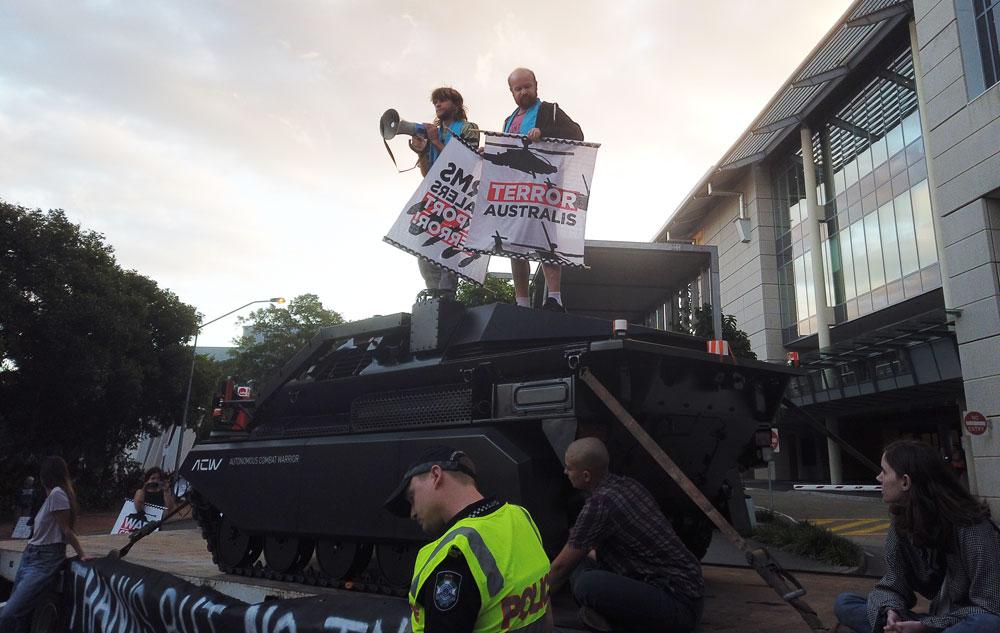 Greg and Jarrah stop the tanks